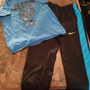 Other - Nike dri fit lounge outfit